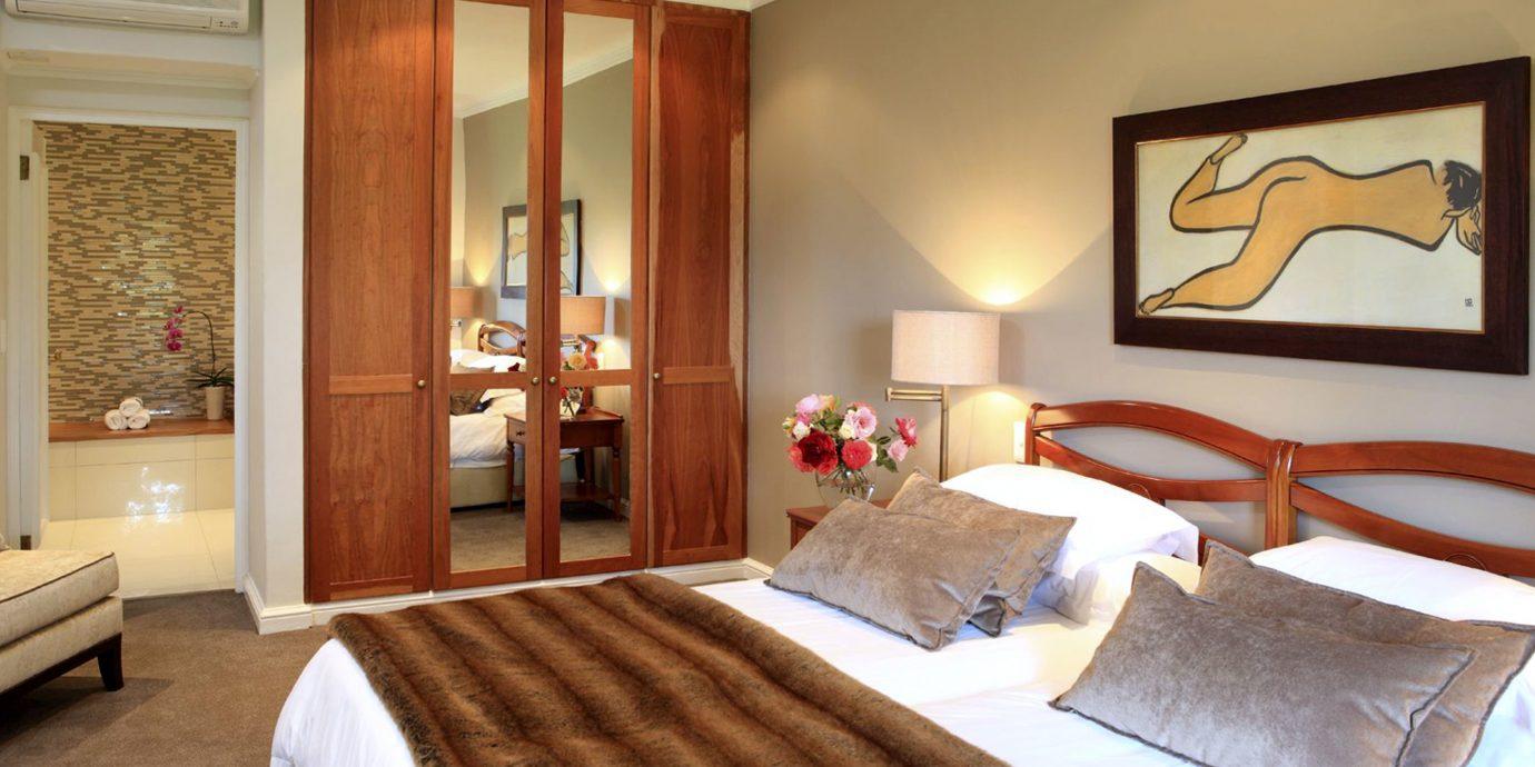 Bedroom Elegant Hip Luxury Modern Suite property hardwood cottage bed sheet