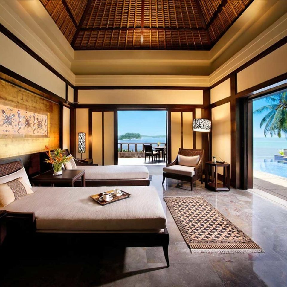 Bedroom Elegant Hip Luxury Suite property living room condominium home Villa Resort mansion