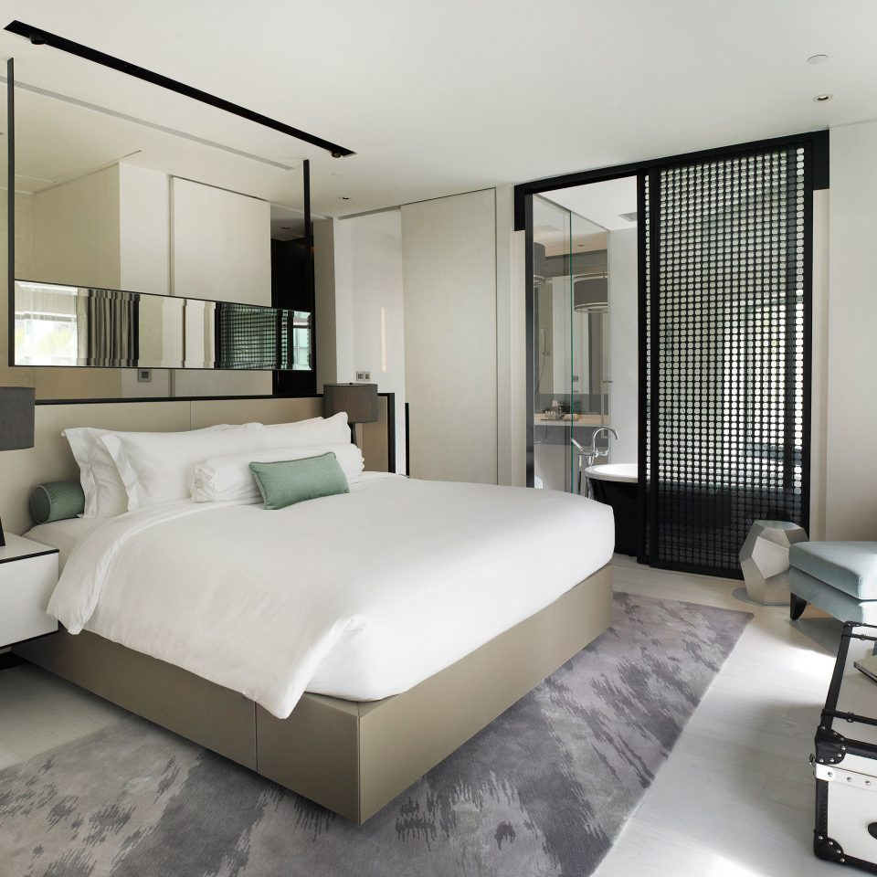 Bedroom Elegant Hip Luxury Modern Romantic Suite property condominium living room home loft flat