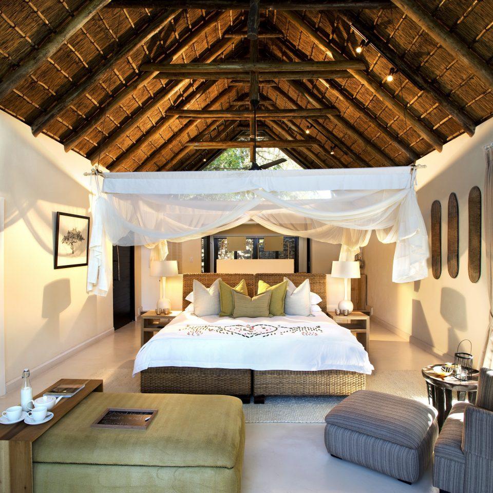 Bedroom Elegant Hip Luxury Modern Suite property home living room Resort cottage Villa mansion farmhouse