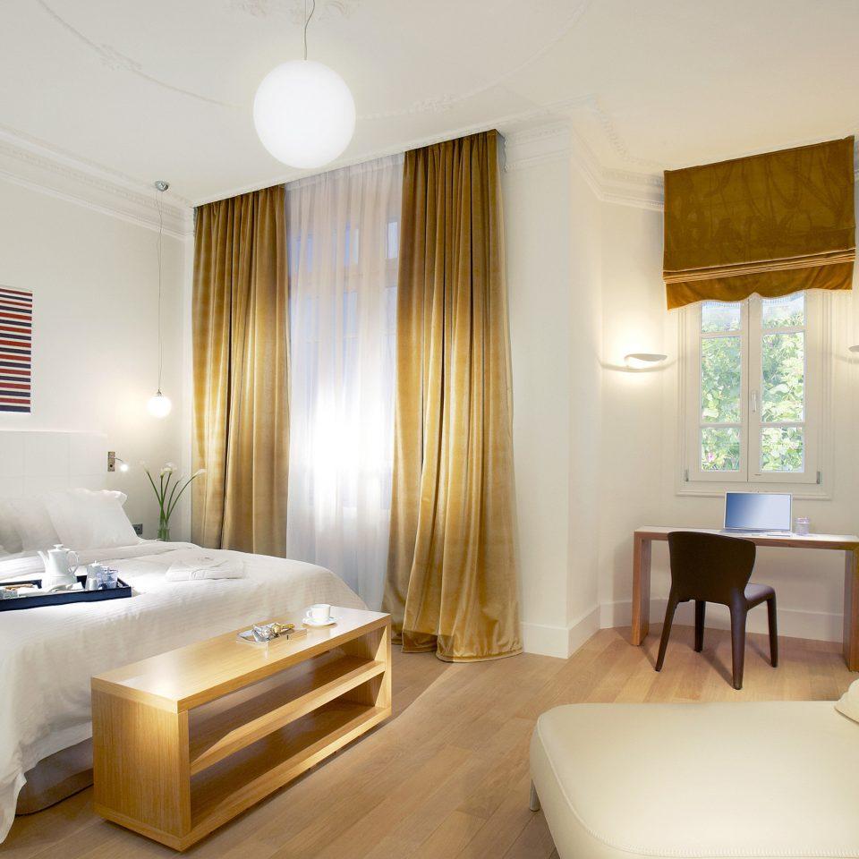 Bedroom Elegant Hip Luxury Modern Suite property cottage