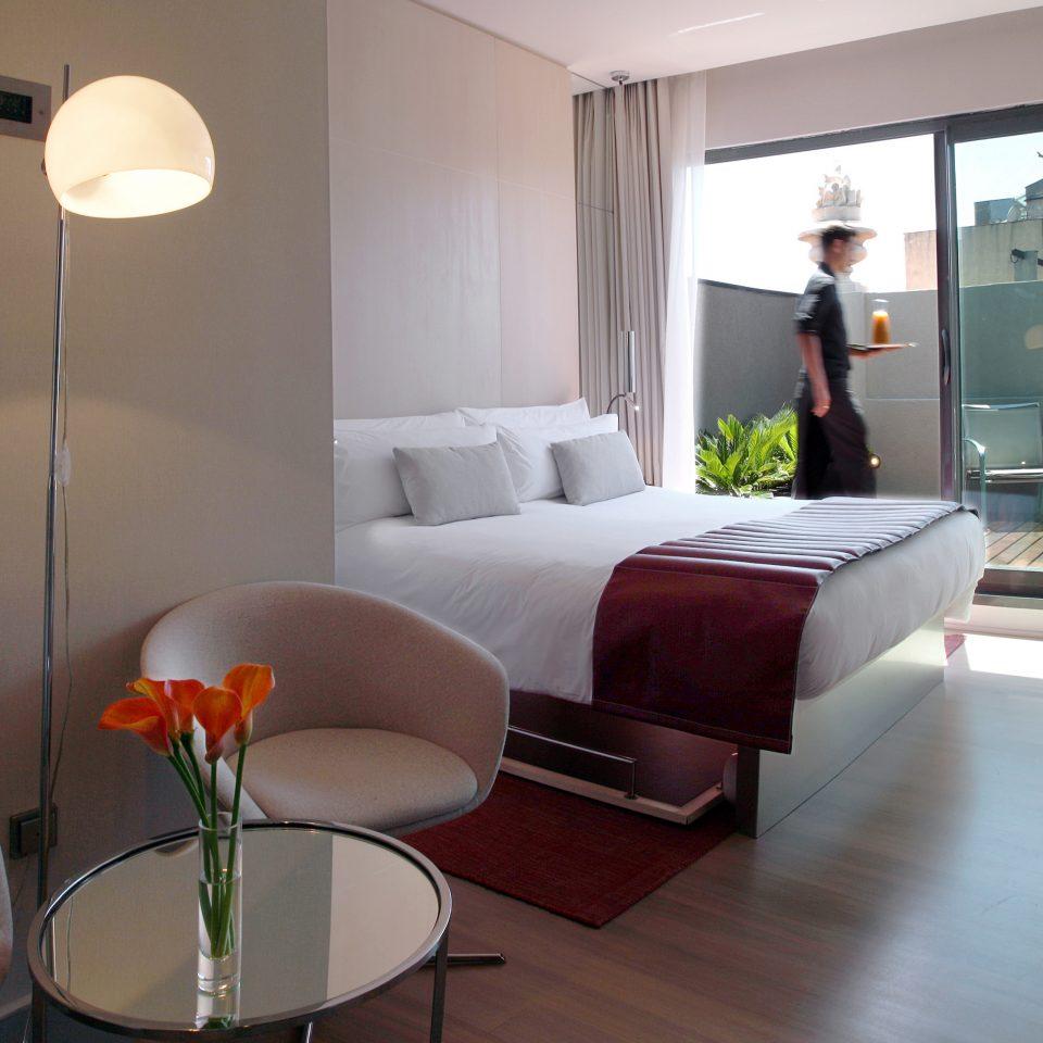 Bedroom Elegant Hip Modern Suite sofa property condominium living room home cottage loft Villa flat