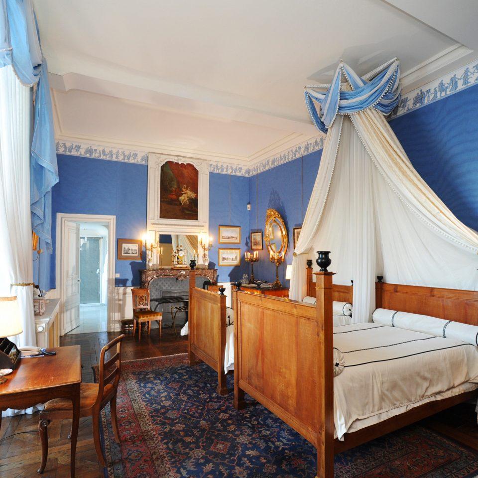Bedroom Elegant Historic Honeymoon Romance Romantic property curtain cottage home Suite Villa
