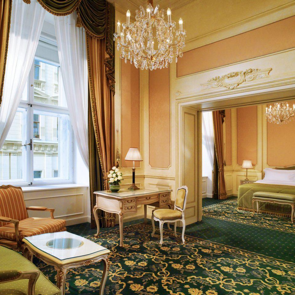 Elegant Historic Lounge Luxury property living room Suite home mansion Bedroom