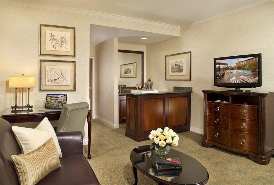 Elegant Historic Lounge property Suite home living room hardwood cottage Bedroom condominium
