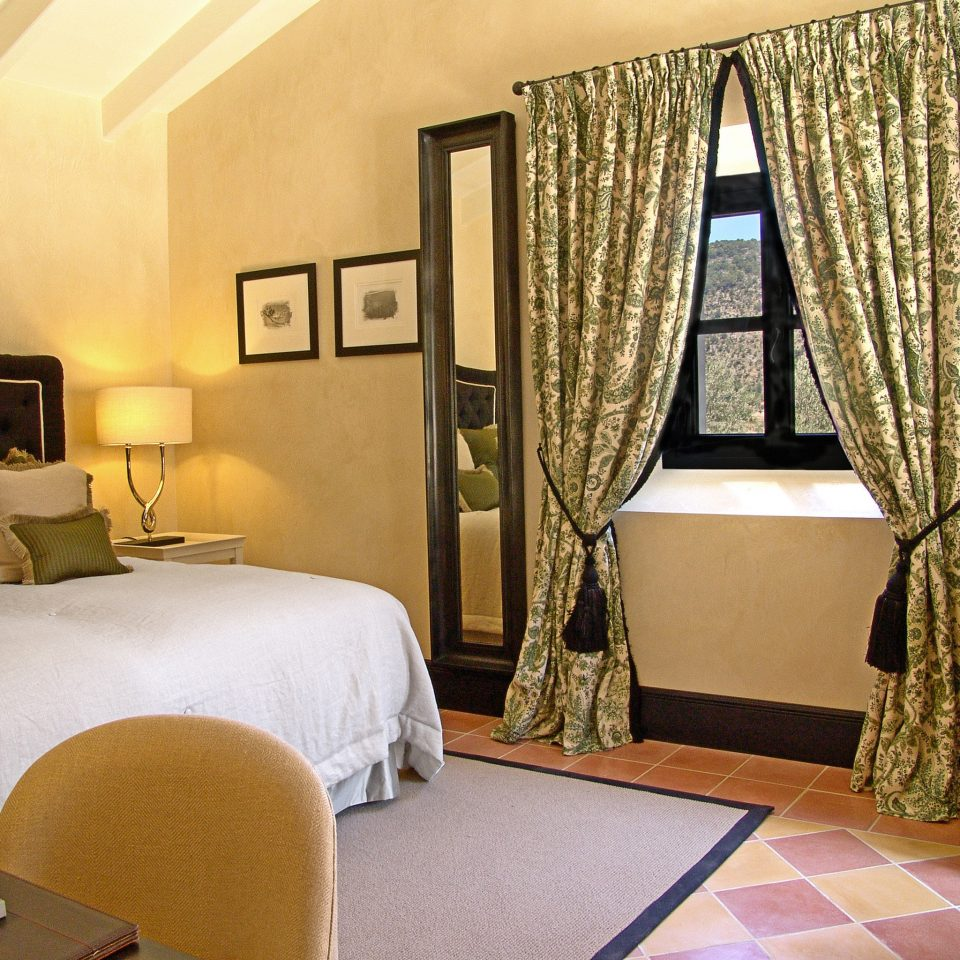 Bedroom Elegant Historic Luxury Suite property living room cottage home Villa