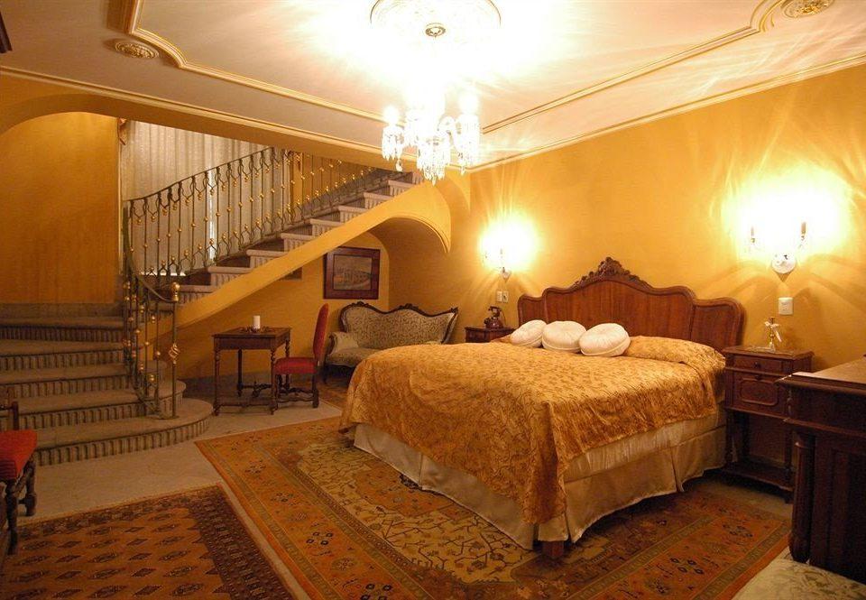 Bedroom Elegant Historic Luxury Romantic Suite property cottage