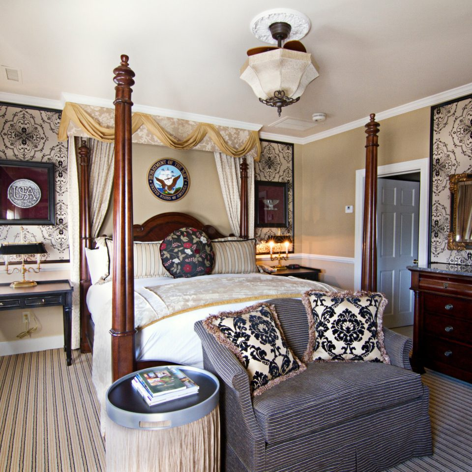 Bedroom Elegant Historic Luxury Suite property home living room cottage mansion