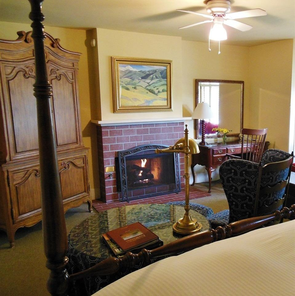 Bedroom Elegant Historic Rustic Suite living room property home cottage mansion