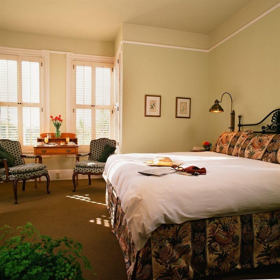 Bedroom Elegant Historic Rustic Suite property hardwood bed sheet home living room bed frame cottage