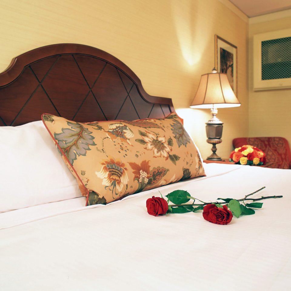 Bedroom Elegant Historic bed sheet Suite orange pillow cottage living room