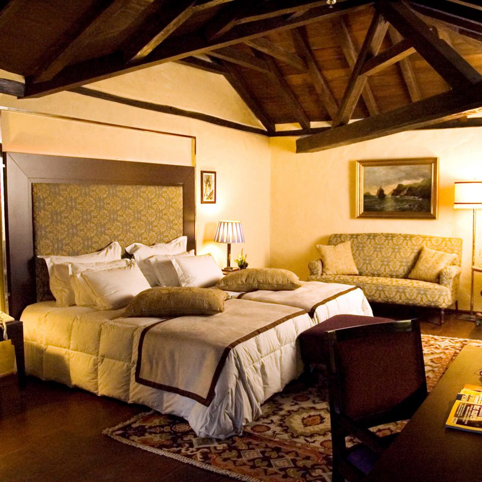 Bedroom Elegant Historic property building living room cottage home Suite farmhouse Villa