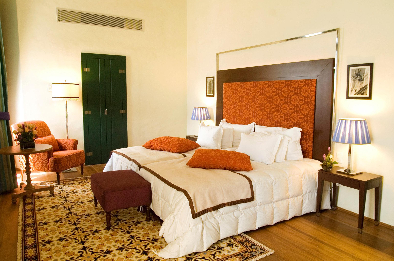 Bedroom Elegant Historic property Suite cottage hardwood home living room Villa