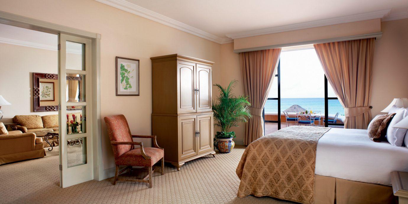 Bedroom Elegant Honeymoon Luxury Romance Romantic Suite Tropical Waterfront sofa property living room home condominium cottage Villa flat