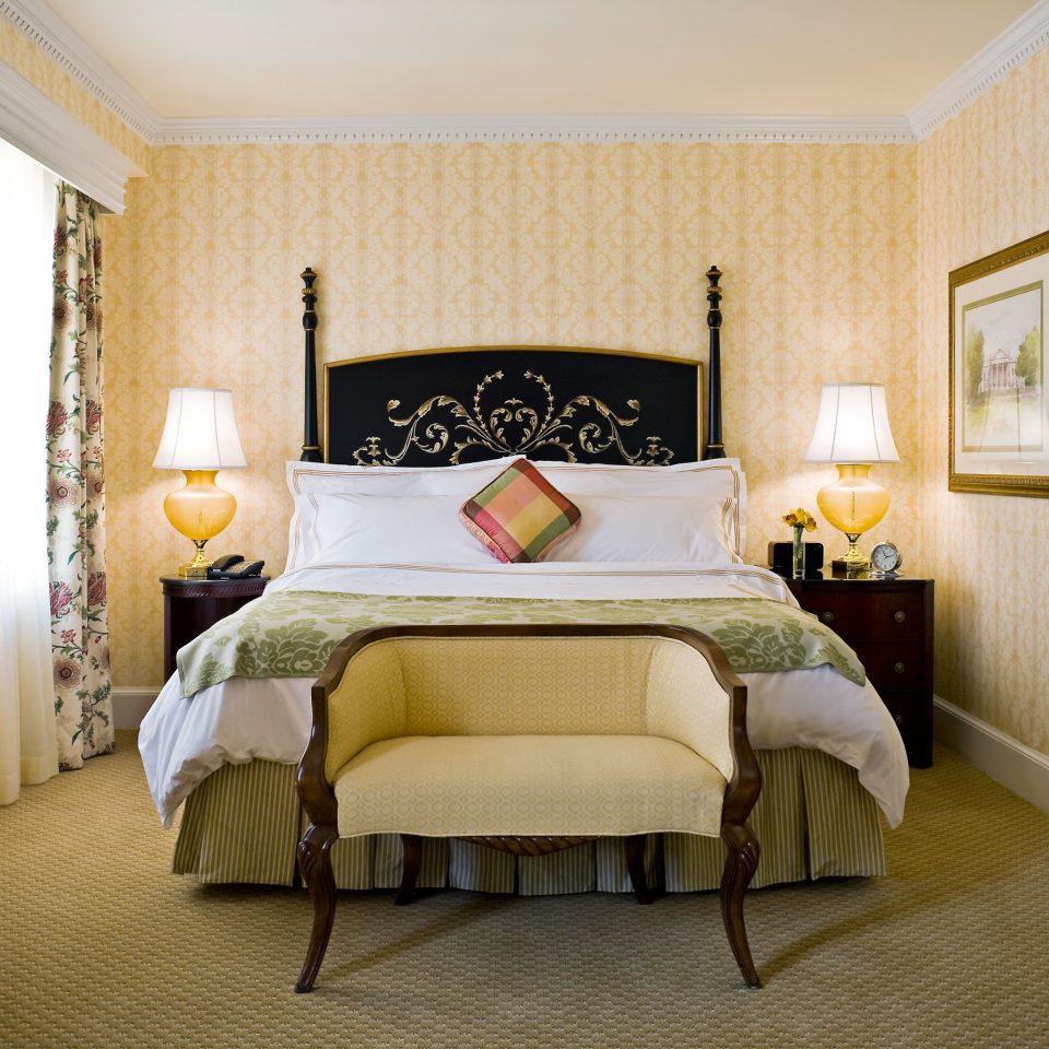Bedroom Elegant Hotels Luxury Suite property cottage home living room