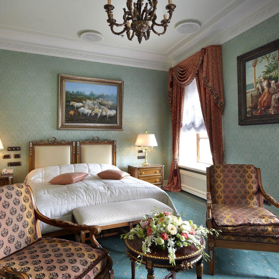 Bedroom Elegant Hotels Luxury Travel Resort Suite property living room cottage home Villa mansion farmhouse