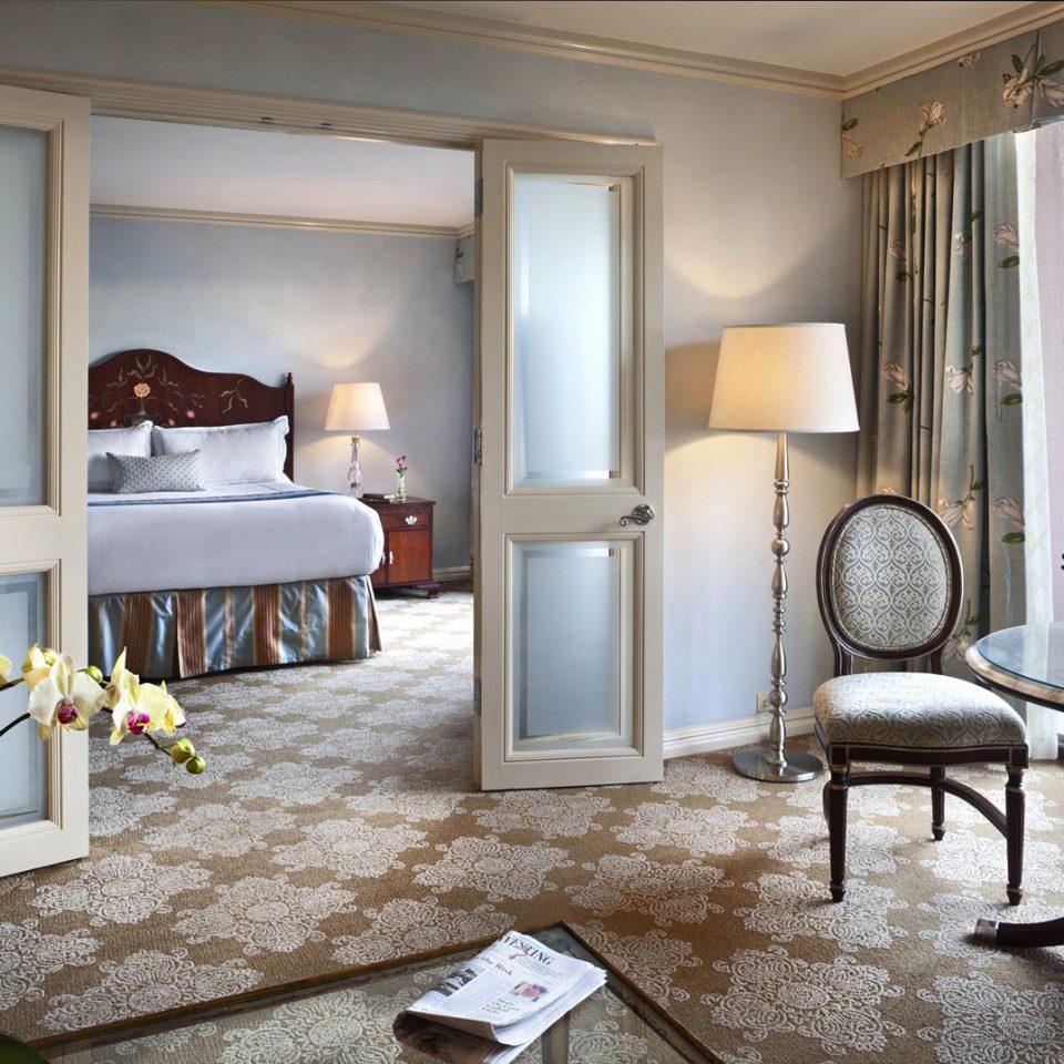 Bedroom Elegant Hotels Suite property living room home condominium cottage