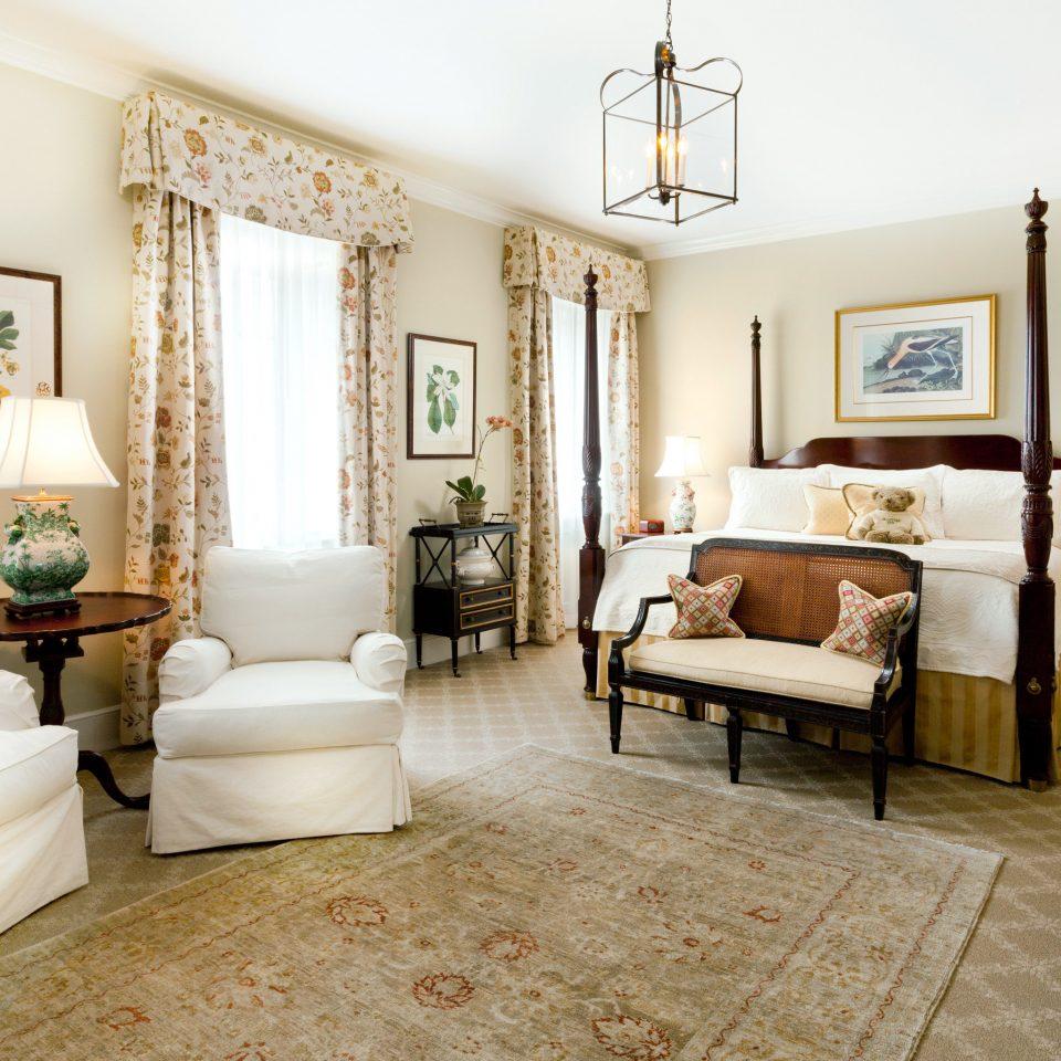 Bedroom Elegant Inn sofa property living room home Suite condominium Villa mansion cottage