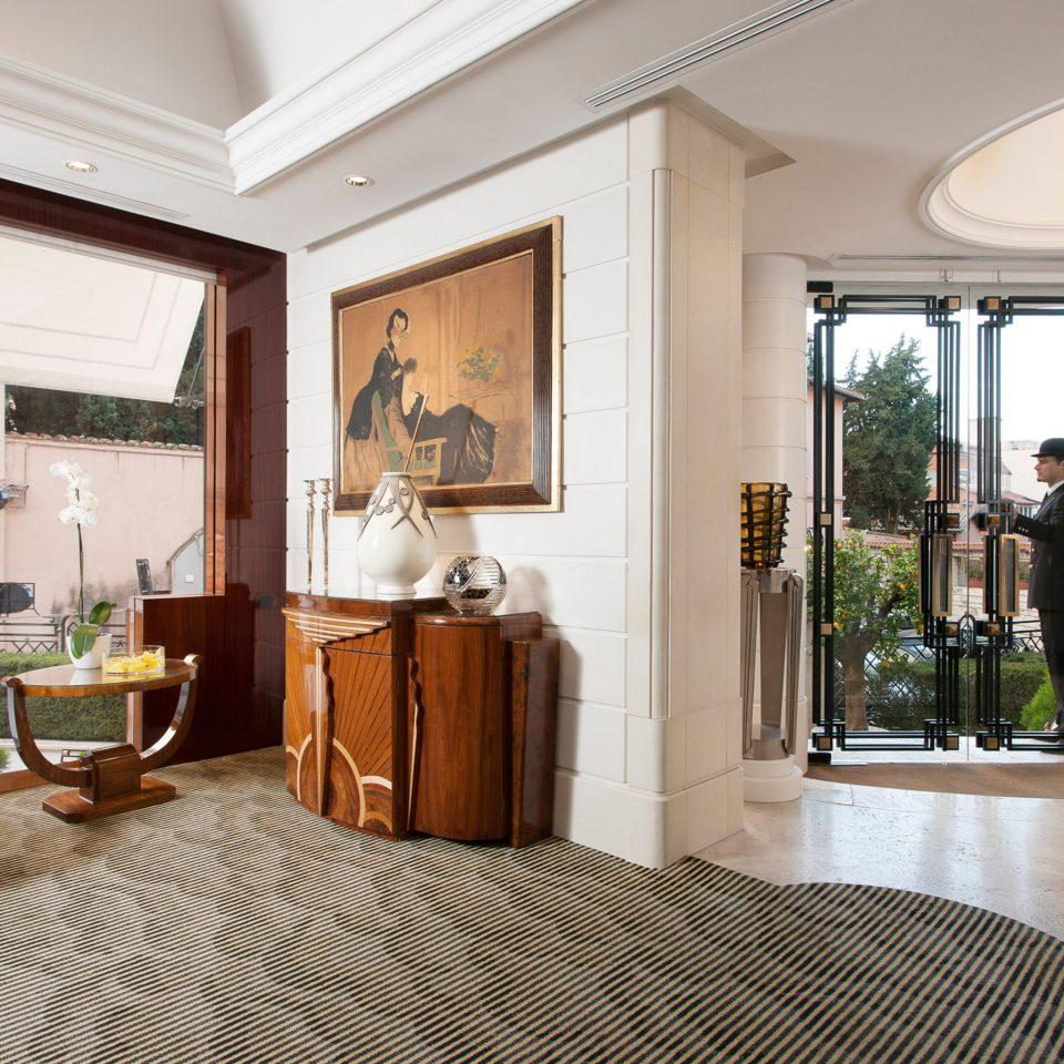 Elegant Lobby Lounge property condominium home living room Suite mansion Villa cottage Resort Bedroom