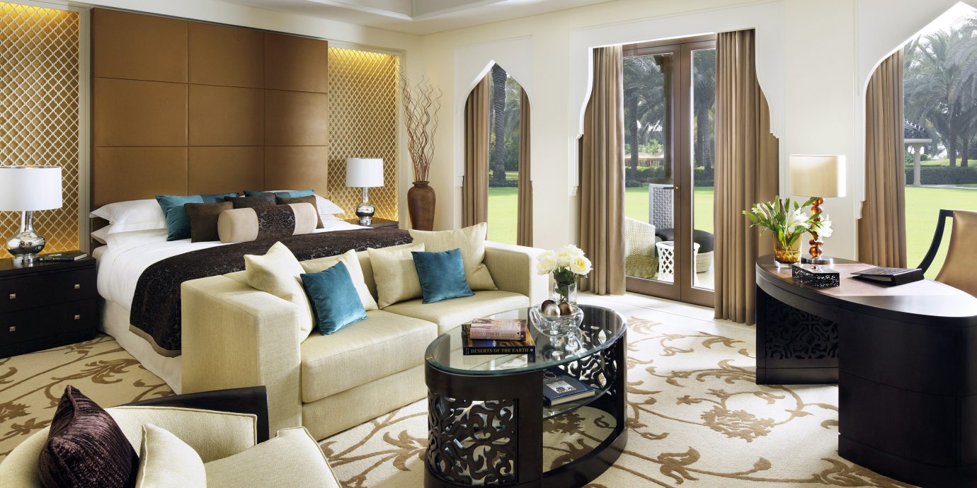 Bedroom Elegant Luxury Patio Resort living room property home Suite condominium Lobby mansion