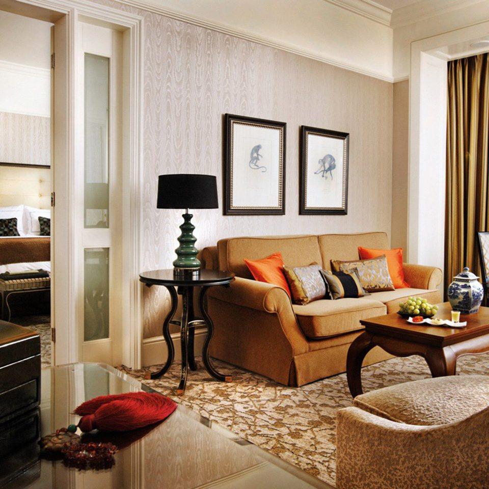 Elegant Lounge Luxury sofa living room property home Suite condominium hardwood cottage Bedroom Villa