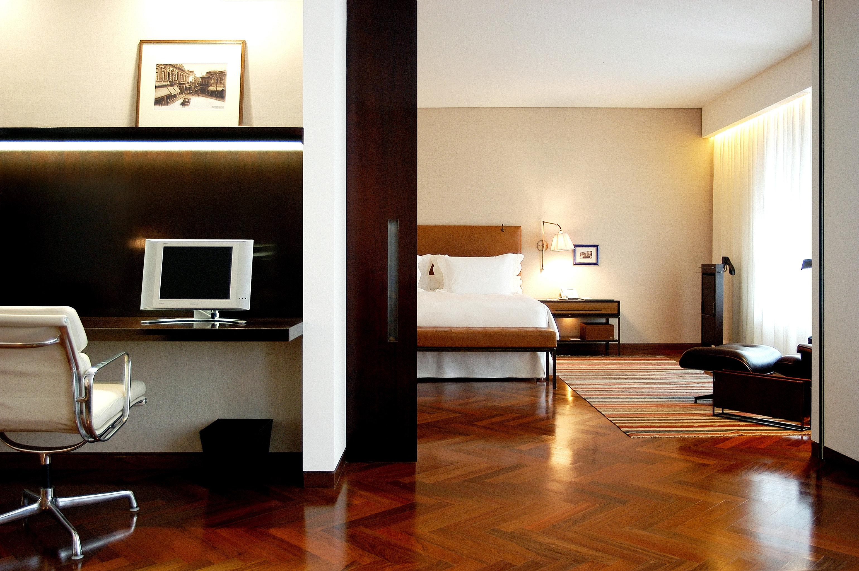 Bedroom Elegant Lounge Luxury Suite property living room hardwood home wood flooring condominium flooring loft flat
