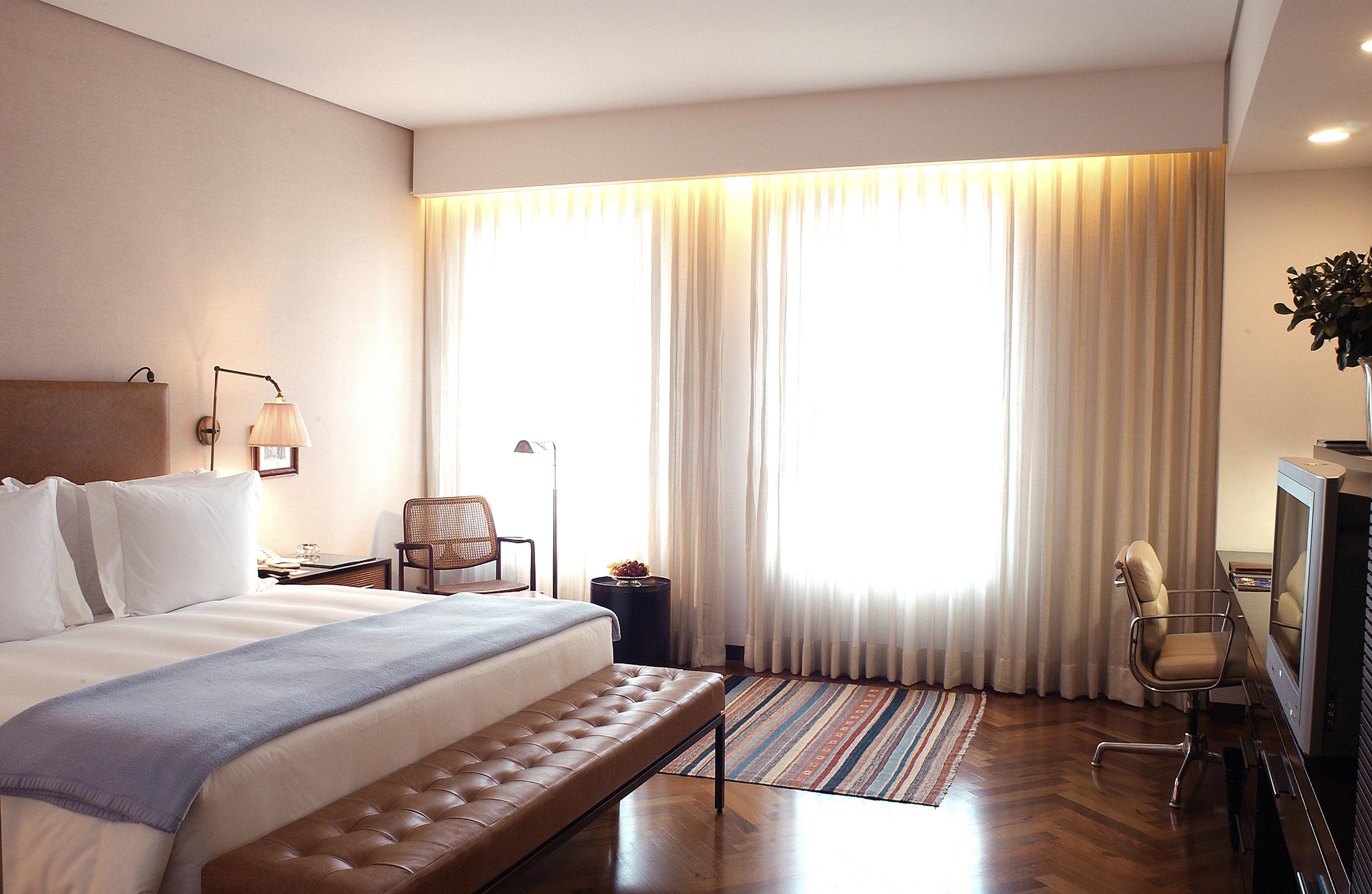 Bedroom Elegant Lounge Luxury Suite sofa property condominium cottage living room flat