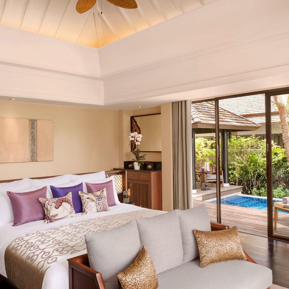 Bedroom Elegant Lounge Luxury Modern Patio Pool Suite property living room home hardwood cottage farmhouse flat