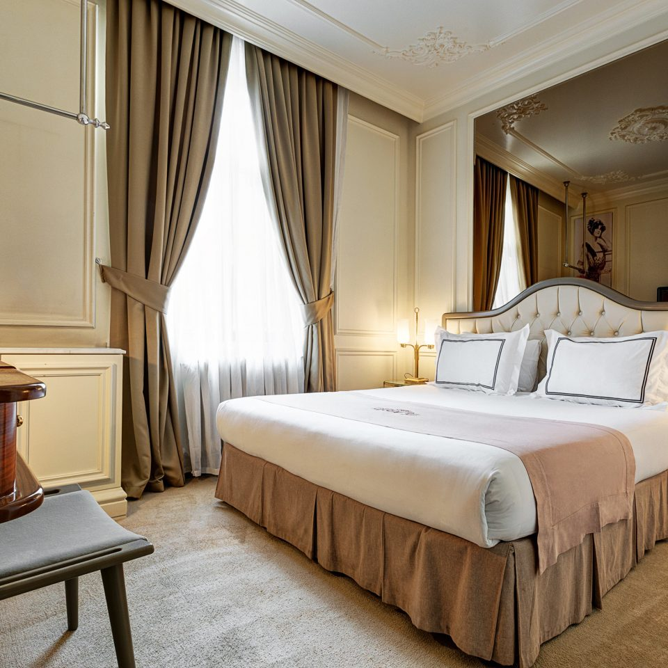 Bedroom Elegant Lounge Suite property desk cottage