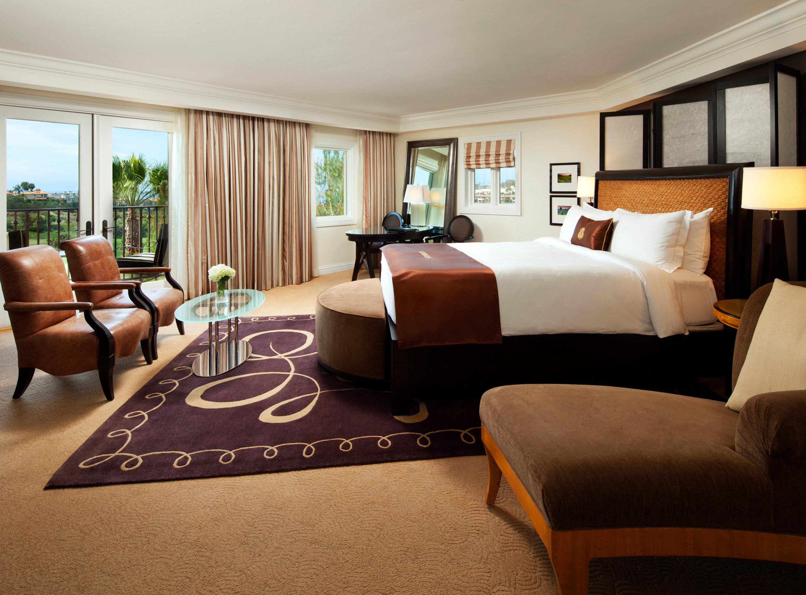 Bedroom Elegant Lounge Suite sofa property living room home hardwood bed sheet condominium