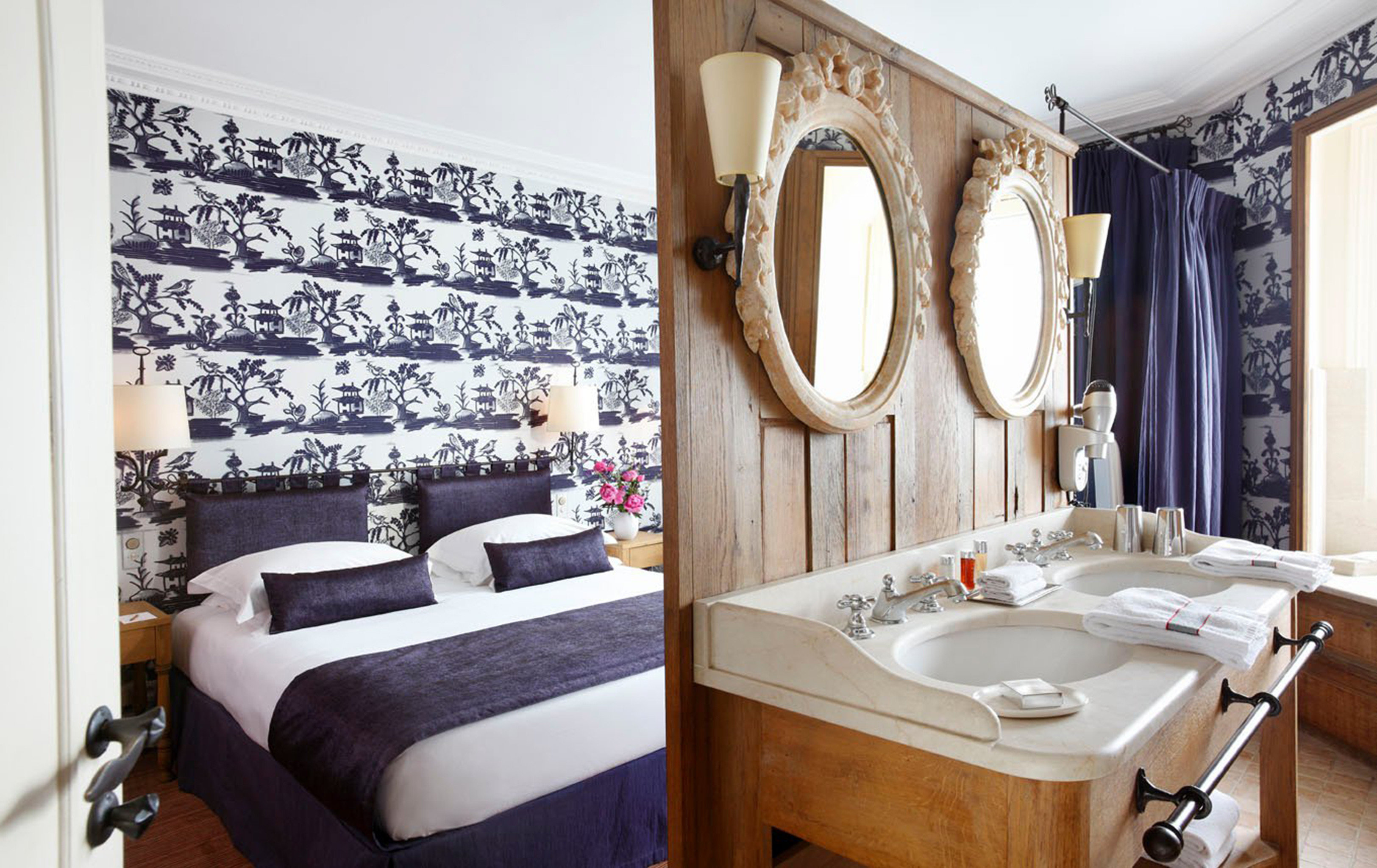 Bedroom Elegant Luxury Modern Suite bathroom property sink home cottage