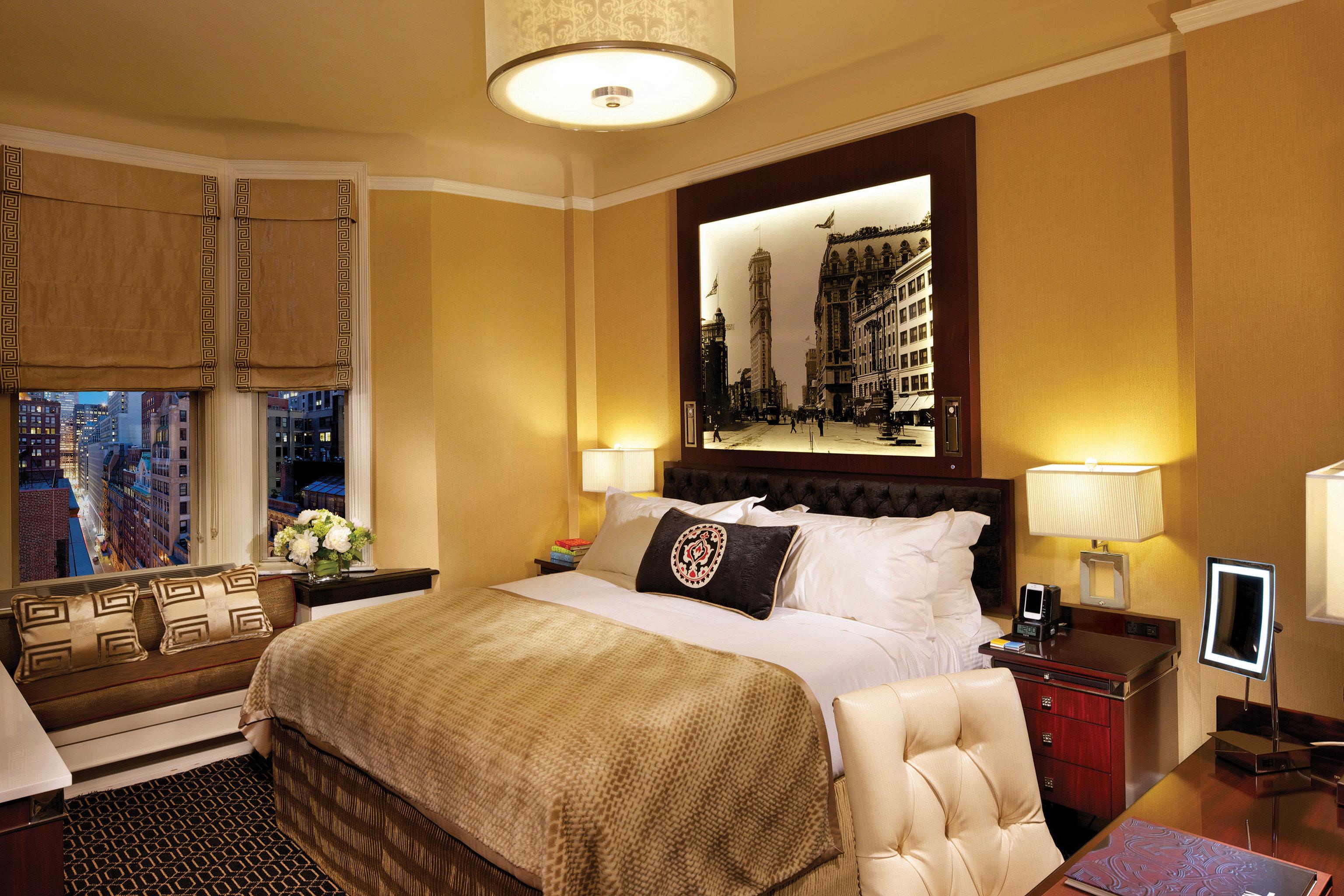 Bedroom Elegant Luxury Modern Suite sofa property home living room cottage
