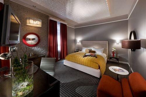 Bedroom Elegant Luxury Modern Suite property vehicle cottage living room