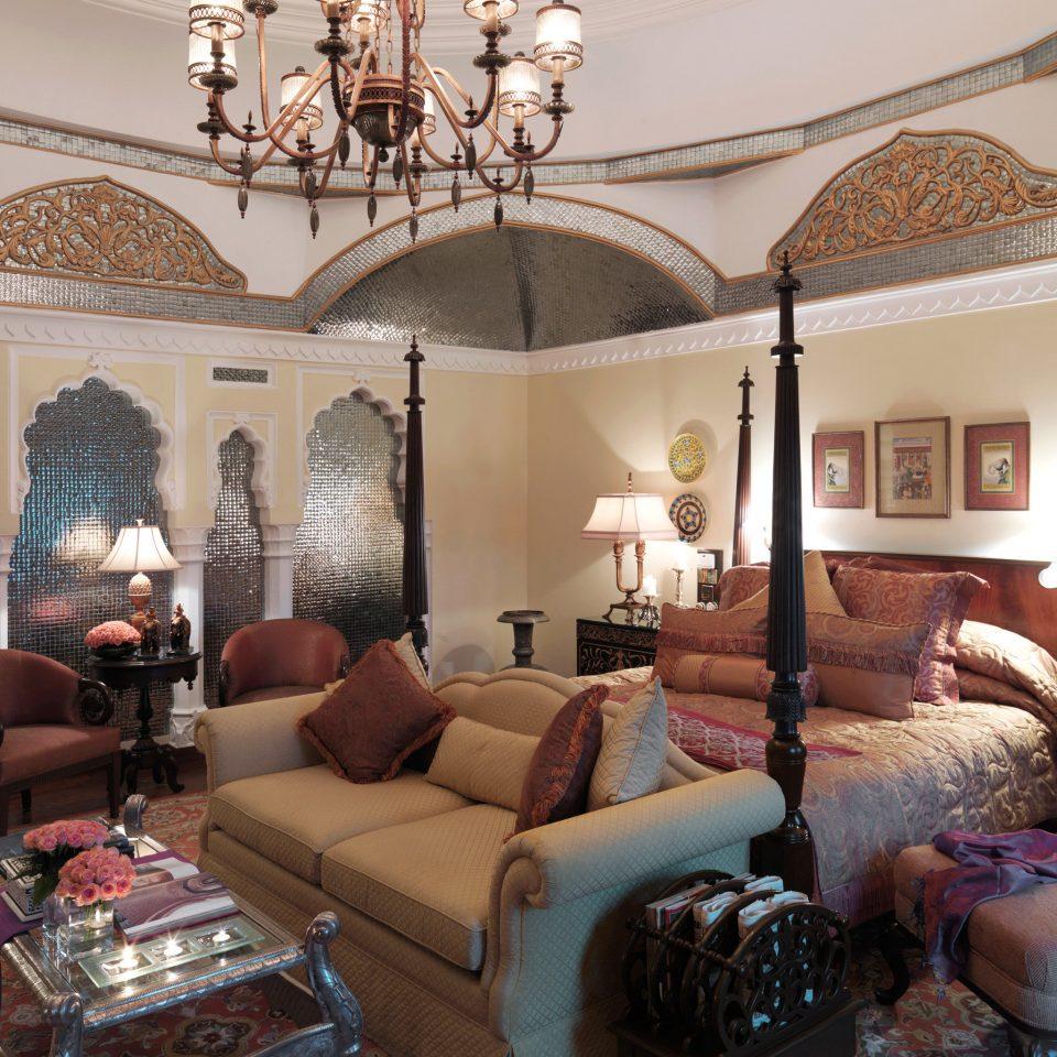 Bedroom Elegant Luxury Resort Suite sofa living room property home mansion