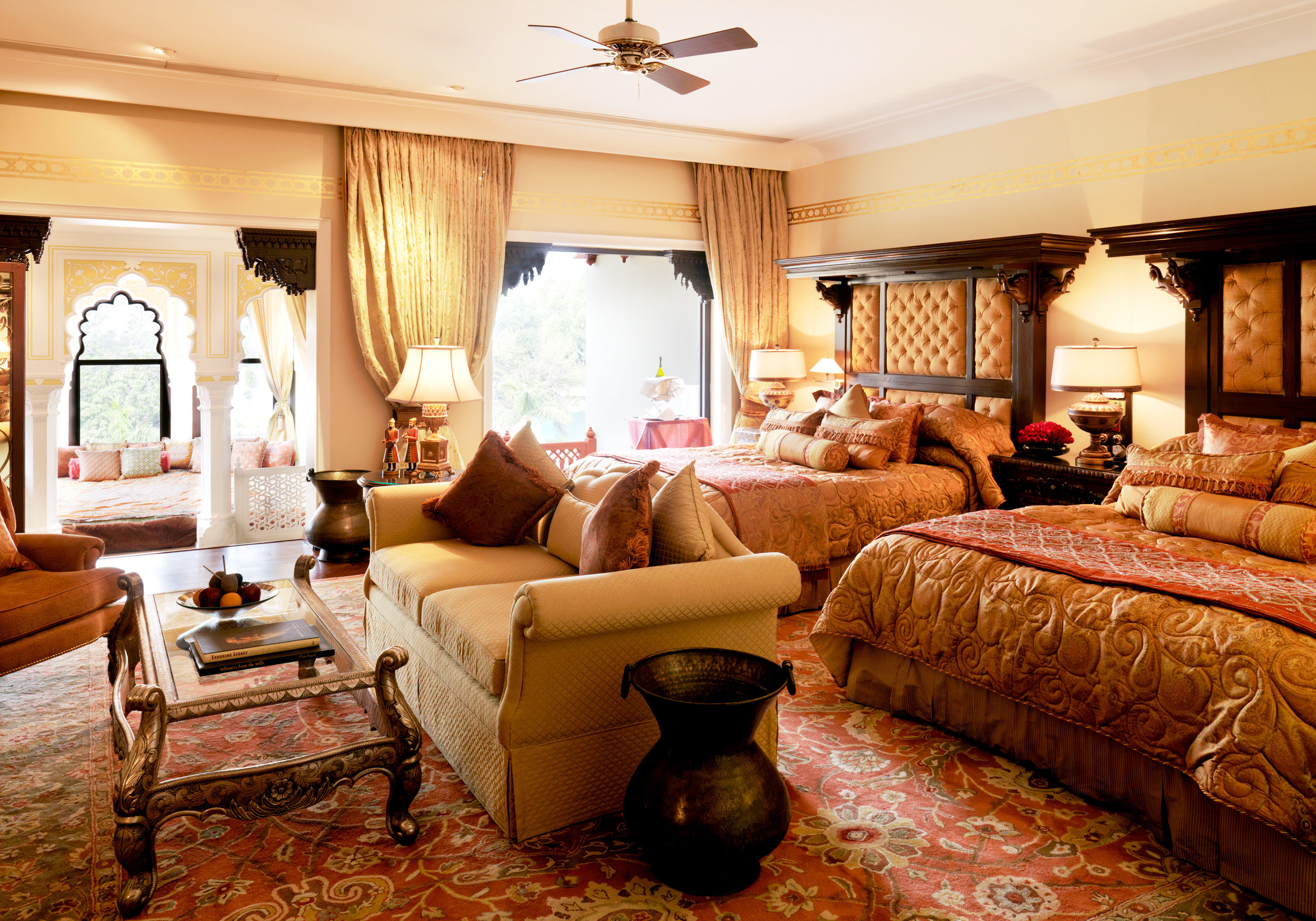 Bedroom Elegant Luxury Resort Suite sofa property living room home cottage Villa rug