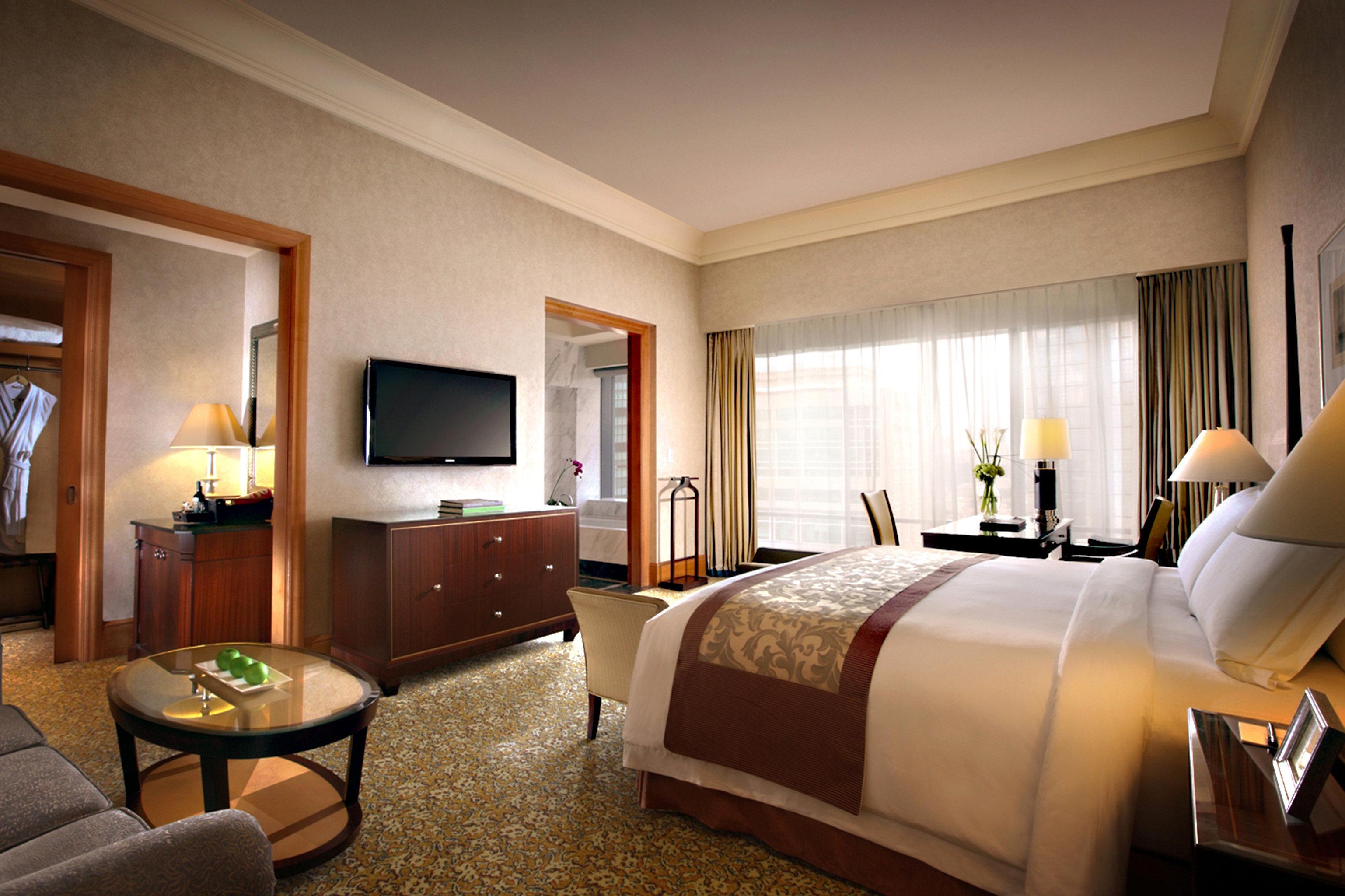 Bedroom Elegant Luxury Suite sofa property home living room condominium Resort Villa cottage flat