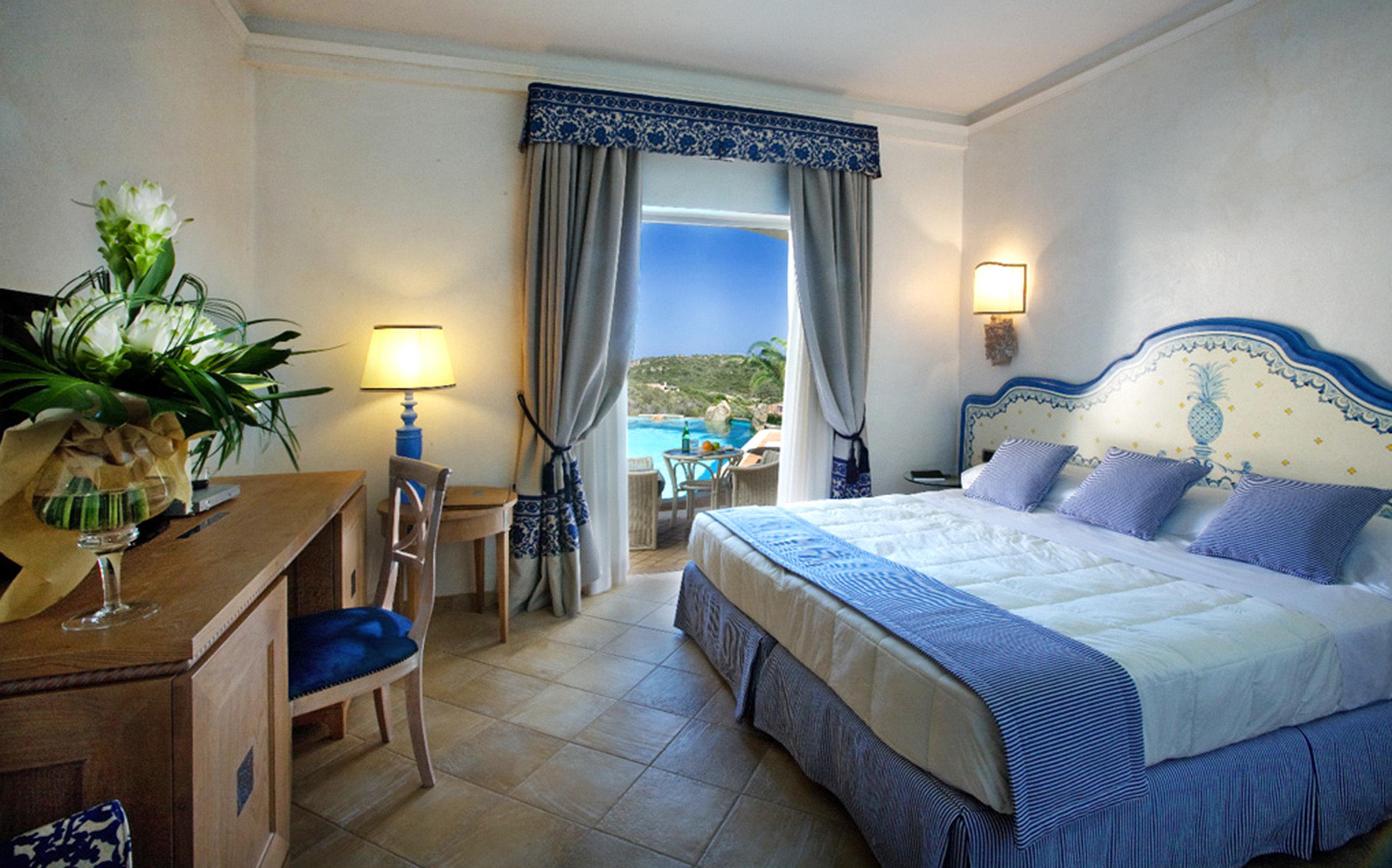 Bedroom Elegant Luxury Romantic property Resort Suite cottage home Villa mansion condominium