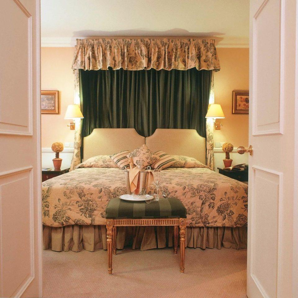 7 Romantic Bedroom Ideas October 2018: Stanhope Hotel (Brussels, Belgium)