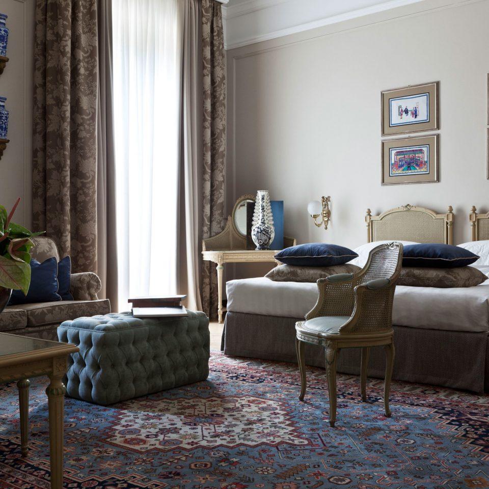 Bedroom Elegant Luxury Suite property living room home house hardwood cottage