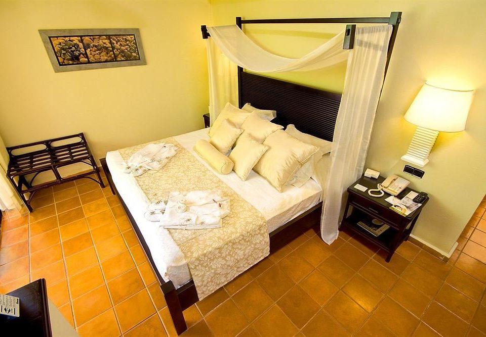 Bedroom Elegant Luxury Suite property cottage Villa