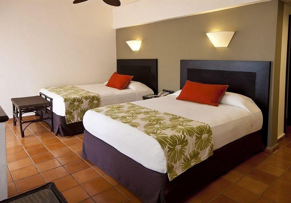 Bedroom Elegant Luxury Suite property building cottage Villa