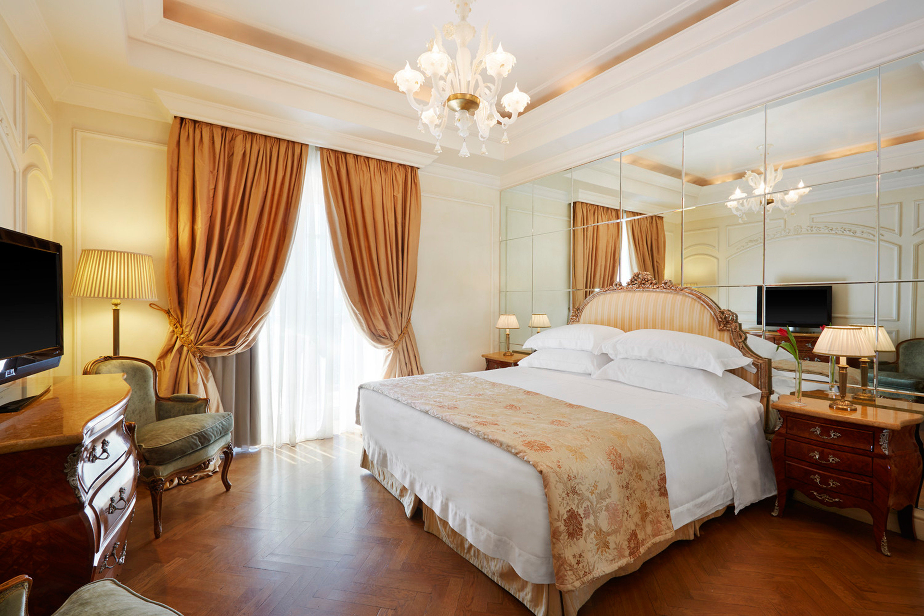 Bedroom Elegant Luxury Suite property cottage flat