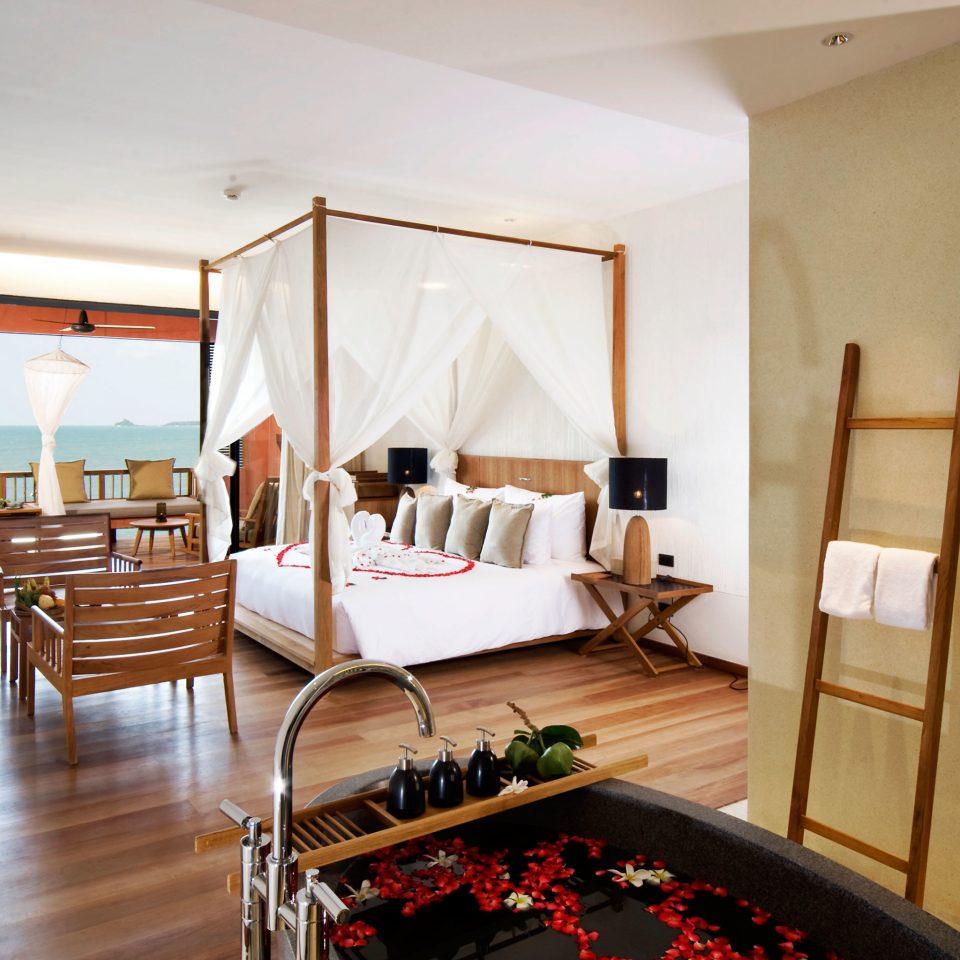 Bedroom Elegant Modern Scenic views Suite property condominium home Villa wooden living room cottage Resort mansion hard