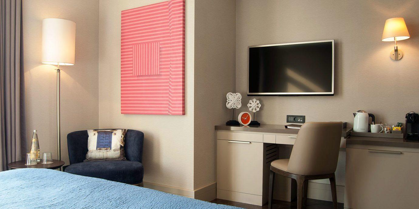 Bedroom Elegant Modern property Suite home living room cottage lamp flat