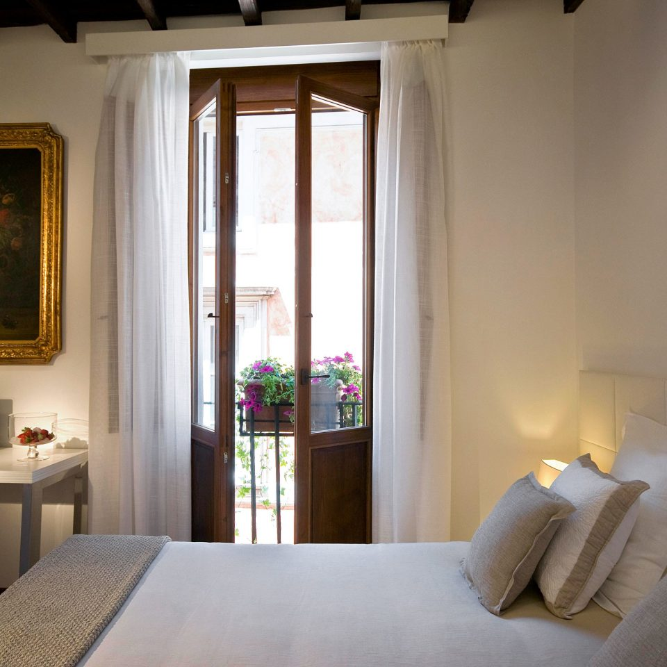 Bedroom Elegant Romance Romantic Trip Ideas property house home living room Suite cottage