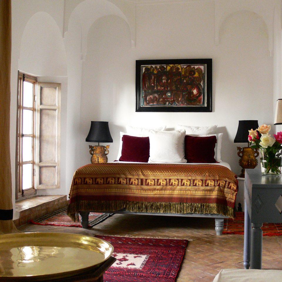 Bedroom Elegant Romantic Rustic living room property home Suite Villa cottage mansion