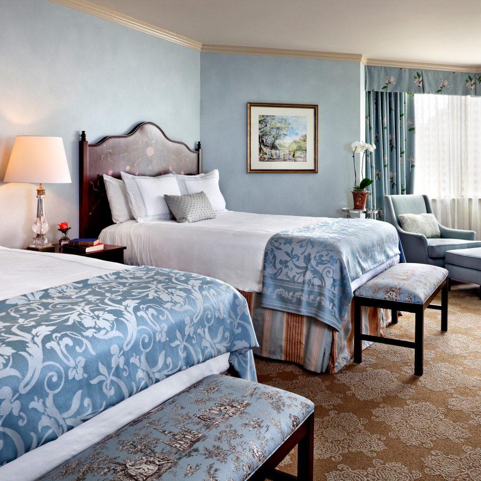 Bedroom Elegant property Suite living room home cottage bed sheet Villa