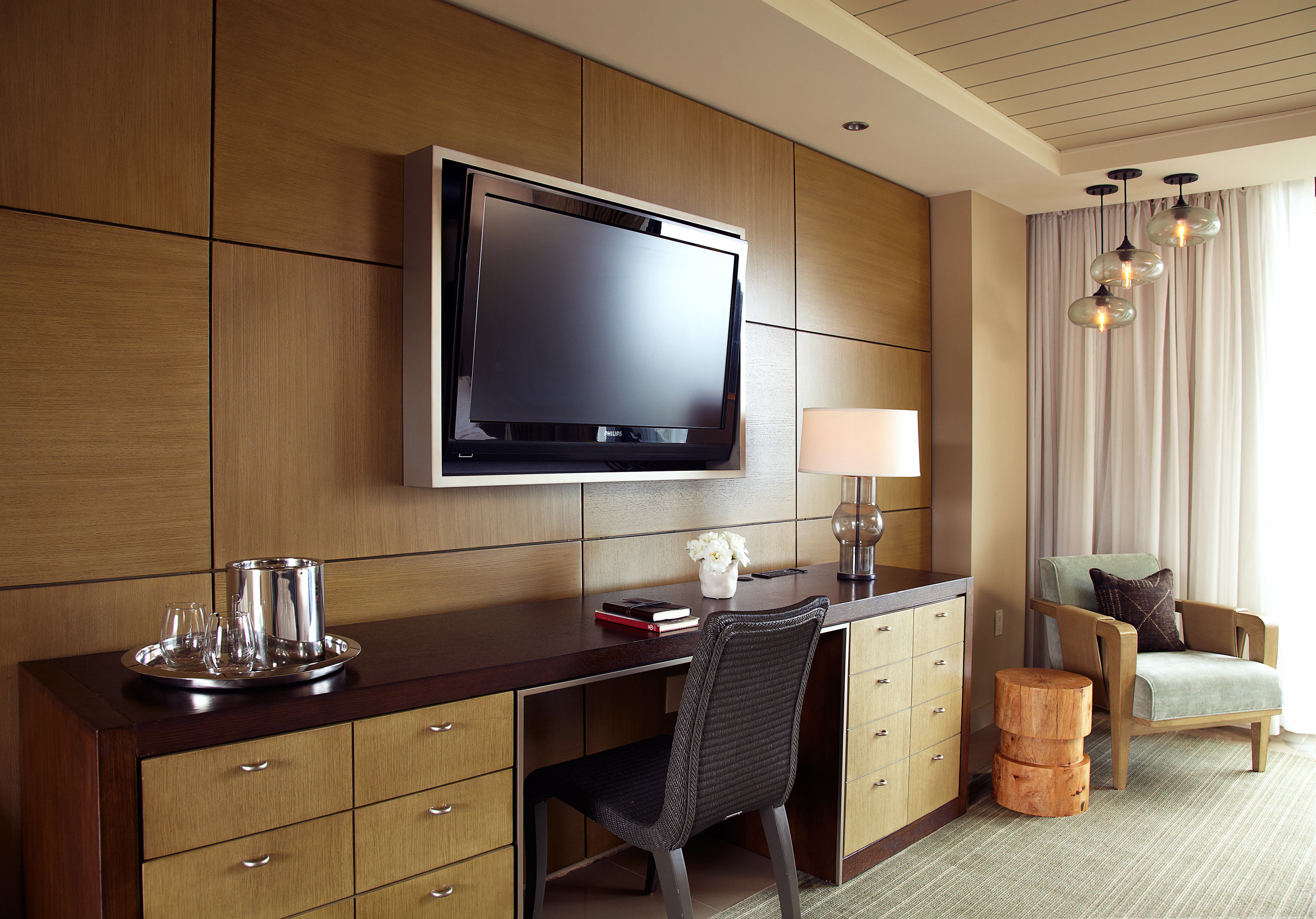 Bedroom Entertainment property bathroom cabinetry home Suite living room flat