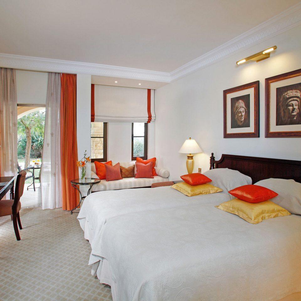 Bedroom Family Luxury Resort Wellness sofa property Suite scene cottage living room Villa