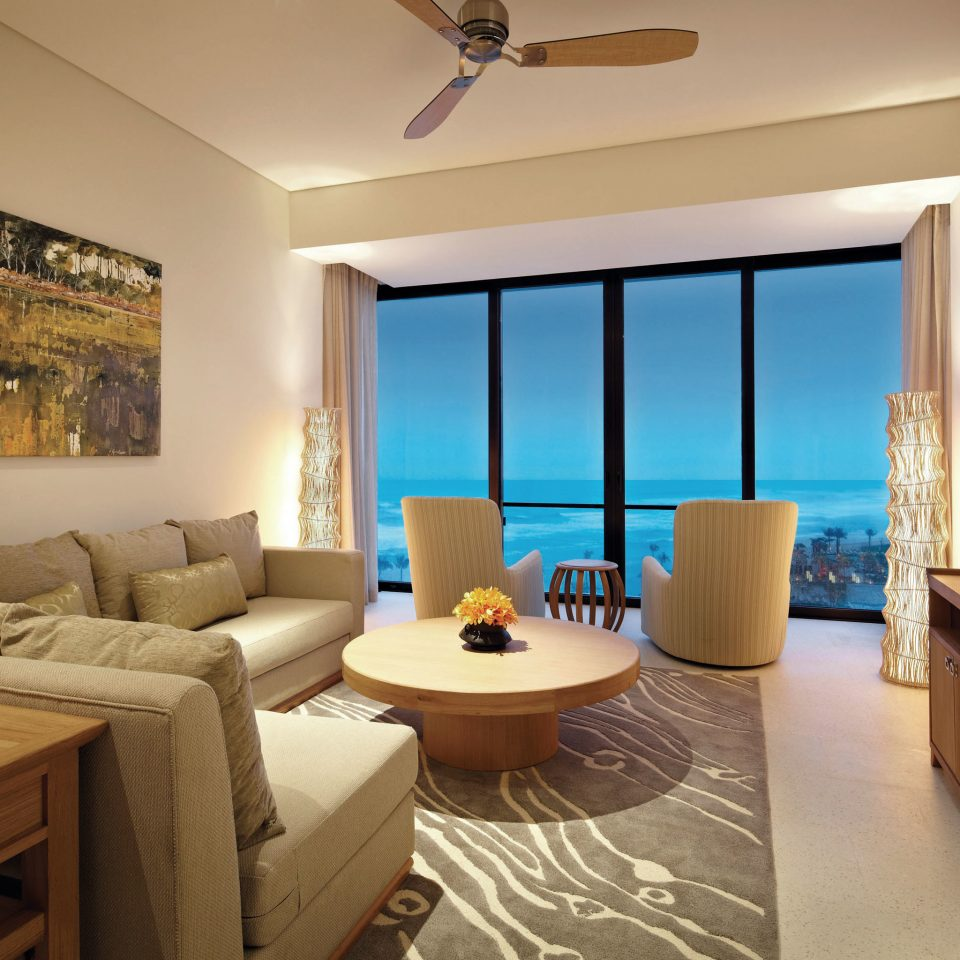 Bedroom Family Modern Resort Suite property living room home condominium cottage Villa